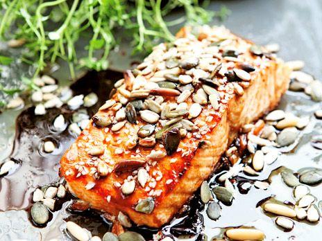 Ugnsbakad lax med teriyakisås | Recept från Köket.se