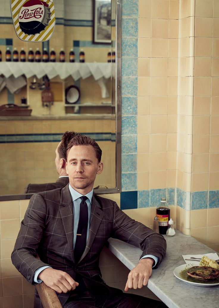 Tom Hiddleston. GQ Magazine March 2017. Via Torrilla.