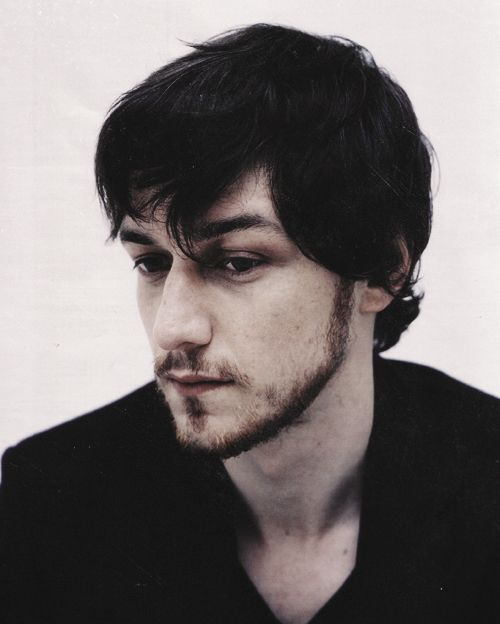 james mcavoy (doesn't look like the usual pics I see of him, but this looks like the real him, when not all camera-ready)