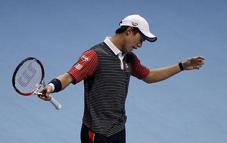 ATPツアー・ファイナルのフェデラー戦でポイントを奪われ、悔しがる錦織圭=11日、ロンドン(AFP=時事) ▼12Nov2014時事通信|錦織、フェデラーに完敗=ストレート負けで1勝1敗-ATPファイナル http://www.jiji.com/jc/zc?k=201411/2014111100811 #Kei_Nishikori #ATP_World_Tour_Finals_2014