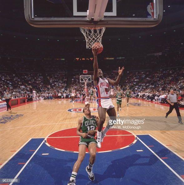 Fotografia de notícias : Detroit Pistons Joe Dumars in action vs Boston...