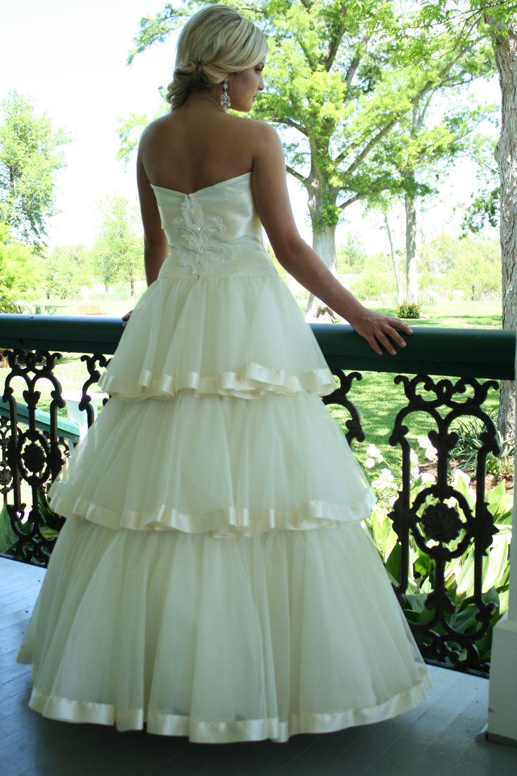 Southern Belle wedding gown... IT LOOKS LIKE AN AZALEA TRAIL DRESS. O.o