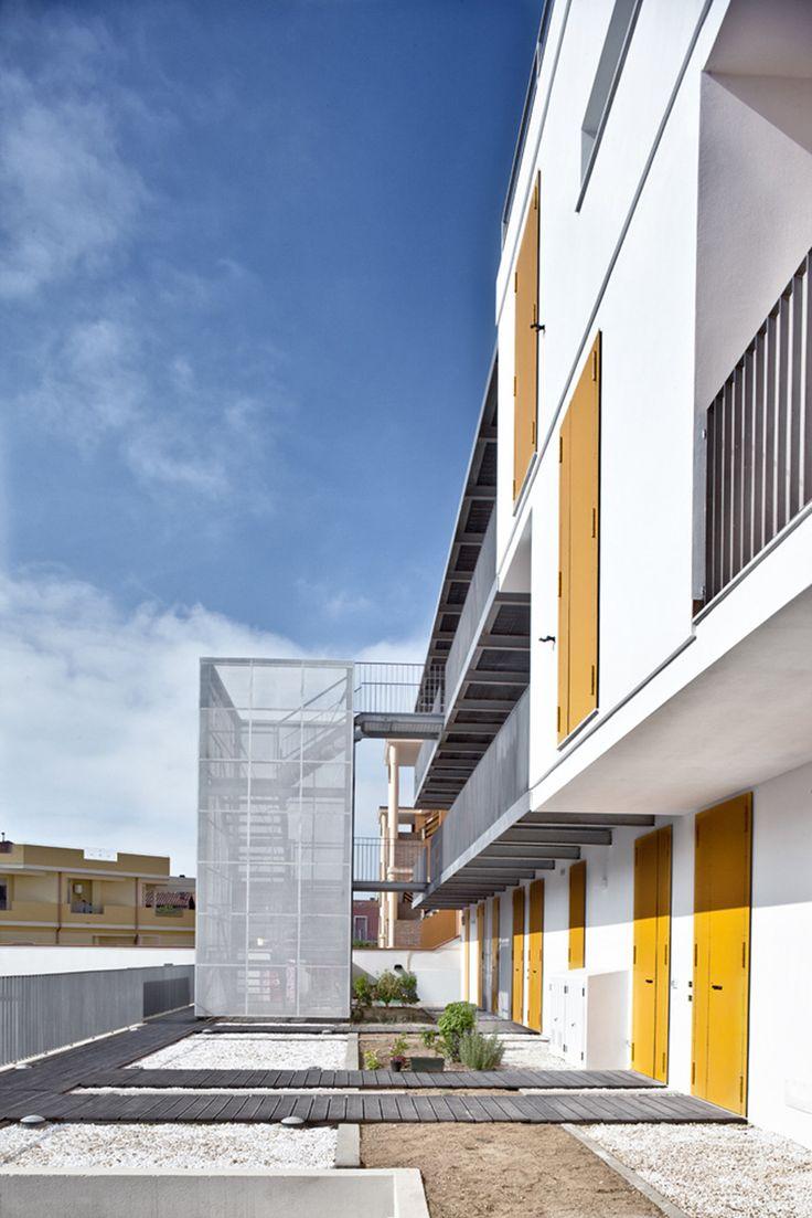 Galer 237 a de casa patio ar arquitetos 22 - Gallery Of Social Housing In Elmas 2 1 Officina Architettura 8