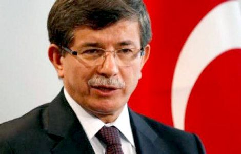 Γράφει ο Μάκης Ανδρονόπουλος*  Οι πρόσφατες δηλώσεις του Τούρκου υπουργού Εξωτερικών Αχμέτ Νταβούτογλου σύμφωνα με τις οποίες αν δεν πάρουν οι Τουρκοκύπριοι το μερίδιό τους από τις ενεργειακούς πόρους της Κύπρου, τότε, η Άγκυρα θα προχωρήσει σε διχοτόμηση, δεν ήταν δηλώσεις προκλητικές...  Read more: http://rizopoulospost.com/ti-prepei-na-kanoume-twra-gia-aigaio-kypro/ #news, #jobs, #business, #sales, #economy, #marketing,#socialmedia, #startup
