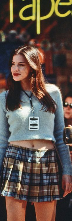 Liv Tyler in Empire Records 90s style