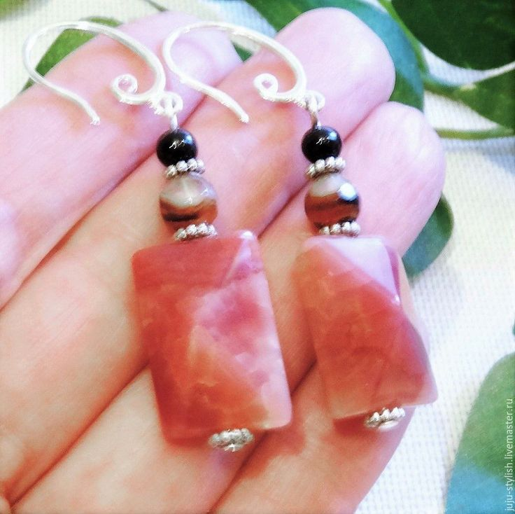 """Купить Розовые серьги из друзы агата """"Каролина"""" - розовый, длинные серьги, с крупными камнями #розовый #длинныесерьги #скрупнымикамнями #крупныесерьги #стильныйаксессуар #оригинальныесерьги #из_натуральныхкамней #из_розовогокварца #розовыесерьги #розовыйагат #модныйаксессуар #модныесерьги #розово_черный #яркийакцент #романтическийстиль #шеби_шик #нежныесерьги #изящныесерьги #шикарноеукрашение #тренд сезона #pink #pink_and_black #pinkearrings #big #stylishaccessory #bijutaria…"""
