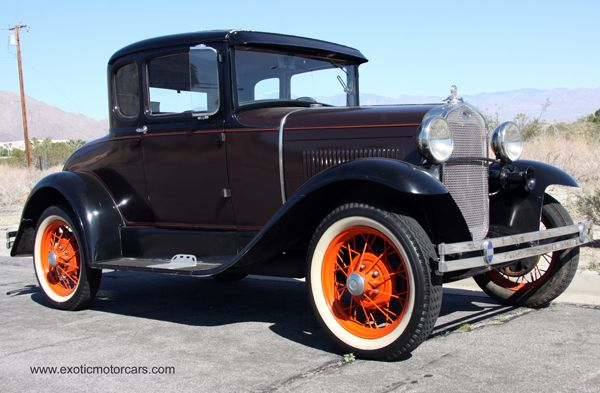 1930 Ford Model A - 3 window coupe