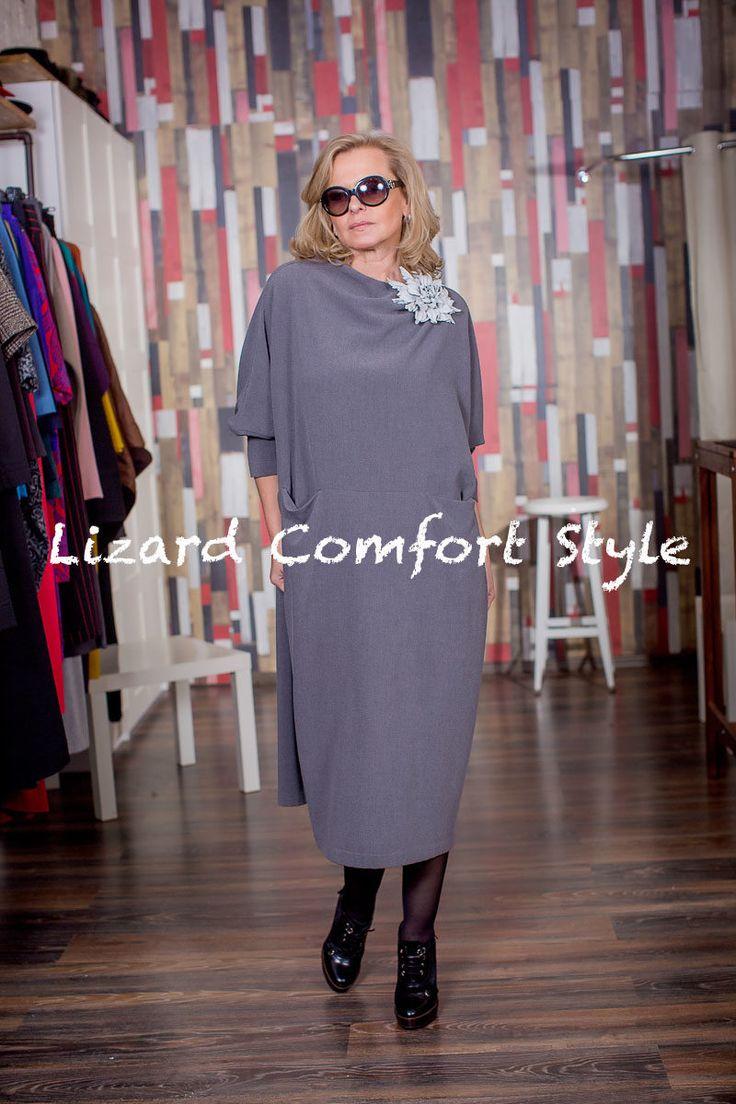 М9680: Платье кимоно футляр из крепа, размер 50/52,52/54.Лесель. Цветок из кожи