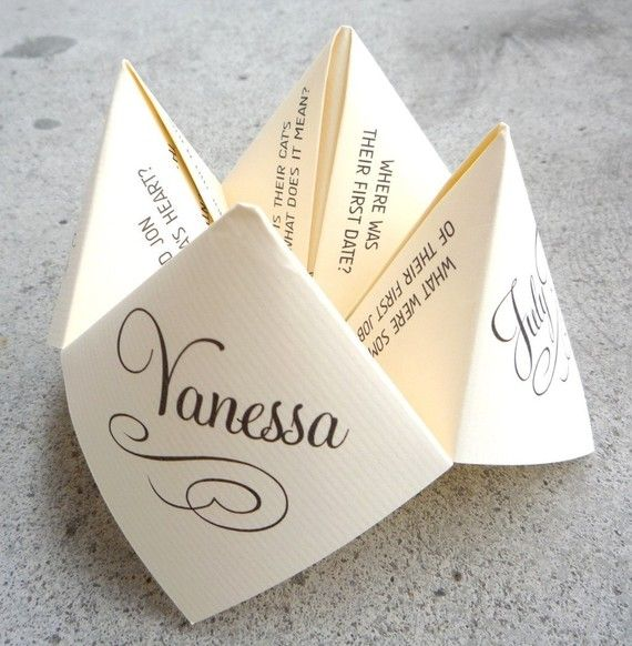 wedding cootie catcher - could be cute to put on the dinner plates or somethimg
