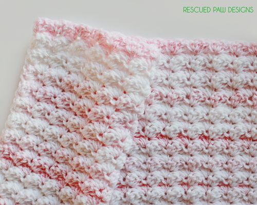 Crochet Baby Blanket Pattern featuring the Blanket Stitch :: Rescued Paw Designs