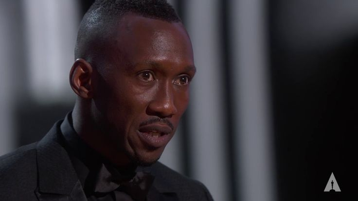 6/07/17  12:30a  AA Ceremony 2017 Mahershala Ali   Oscar   Best Supporting Actor for''Moonlight''  2016