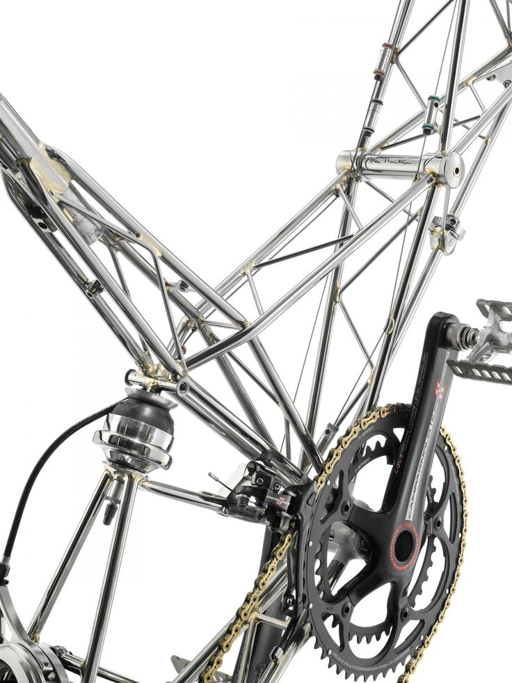 New Series Double Pylon, 2013, Stainless steel space frame bicycle by the Moulton Bicycle Company of Great Britain (detail) Design: Alex Moulton-->