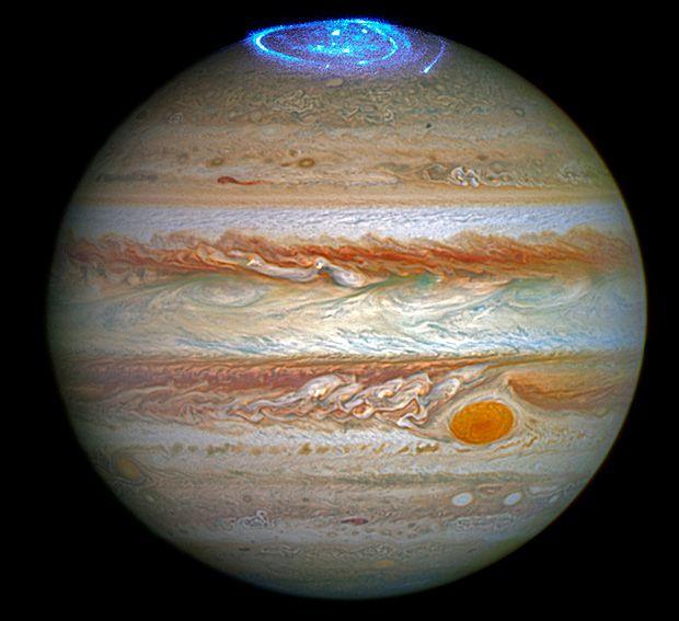 Nova imagem de Júpiter exibe a capacidade de tirar fotos em raios ultravioleta do Hubble