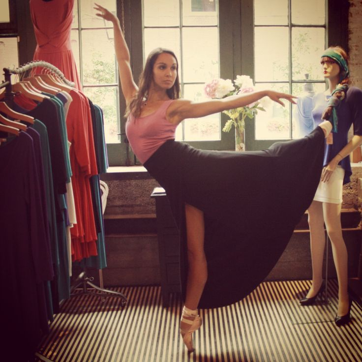 Tara-Brigitte Bhavnani from the British Royal Ballet stopped in for a visit!  She's looking amazing en pointe in our Jane mini dress with the petal (faux) wrap skirt.