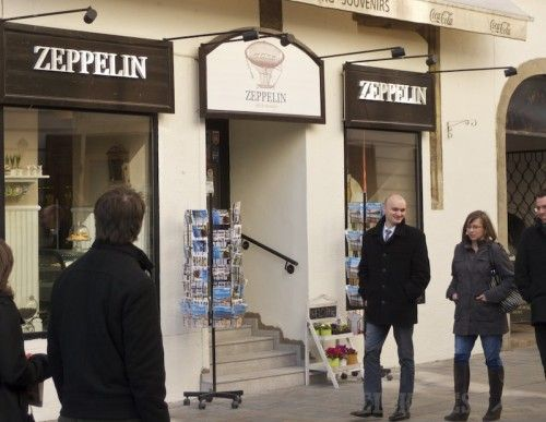 Zeppelin Café & Souvenirs, Sedlárska 10 Bratislava