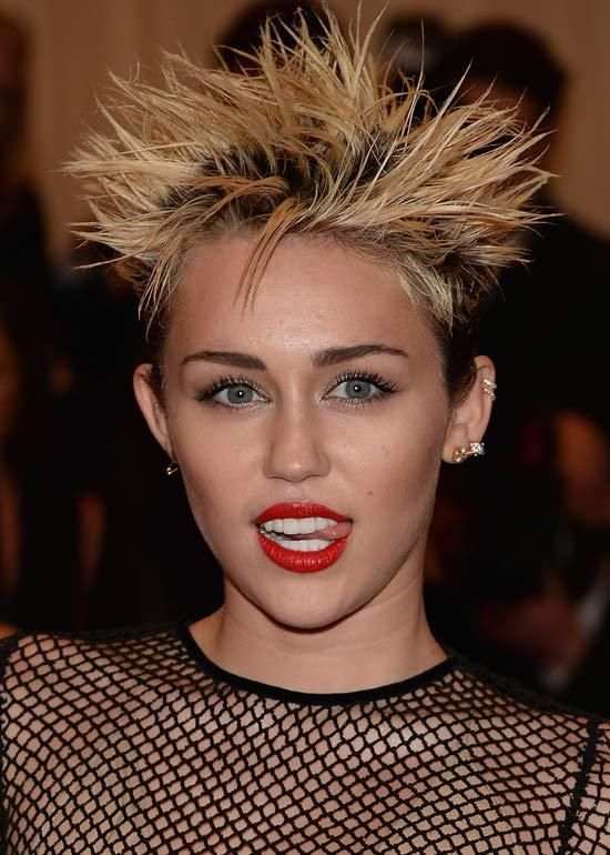 Funky Hairstyles For Short Hair – Look Bold - Fashionre