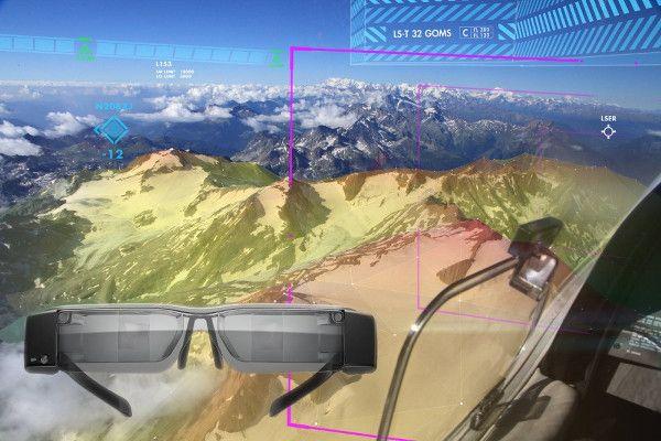 Google Glass : AeroGlass apporte la réalité augmentée aux pilotes d'avions