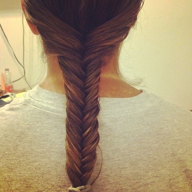 Fishtail: When french braids become boring, throw together a simple fishtail.    Source: Instagram user francescaabdinotyi