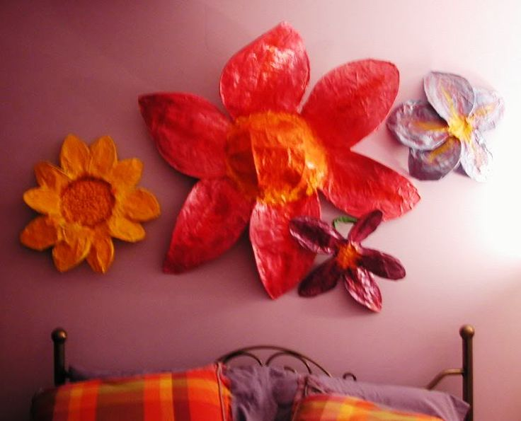 Happy Giant Paper Mache Flowers w/short tutorial