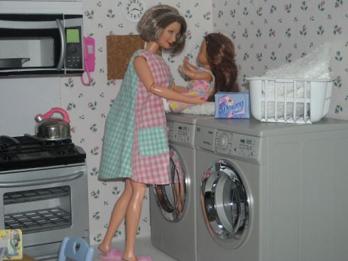 barbie diorama for sale | How to Play with Barbies | barbie mashups, mods & hacks, ideas ...