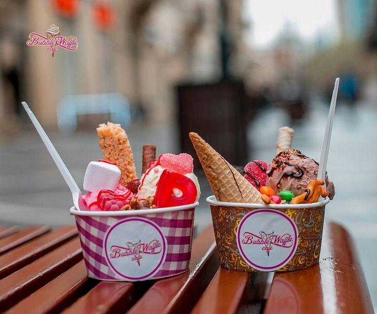Мороженое в Bubble, Соберите сами на свой вкус 😍🍦🍭💃 100 гр - 3 азн 📍 Nizami 87 📞 +994 12 598 2856 #bubblewafflecafebaku #waffle #baku Produced by @1group