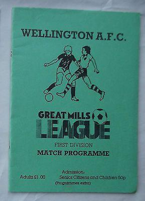 Football programme Wellington Town FC v Barnstaple Town 4 11 89 Gt Mills
