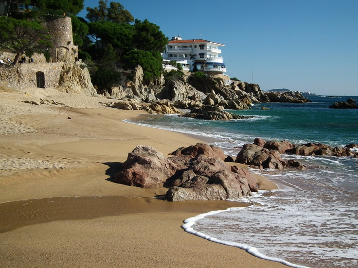 Platja D'Aro in the Costa Brava offers leisure, beaches, activities during the day and night and much more!!