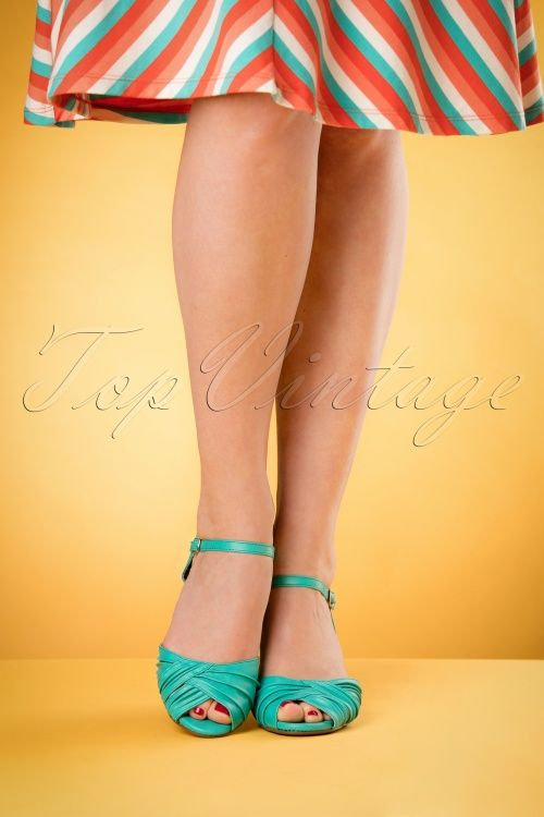 Bettie Page Shoes Summer Teal Sandal 420 30 17099 04132016 005retouchedW