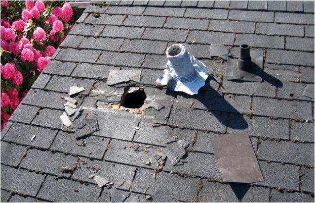 Are You Experiencing Roofing Problems Read Here Home Roofing Tips Emergency Roof Repair Roof Leak Repair Roof Repair