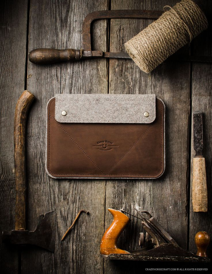 Leather iPad Pro/Air Case and Stand | Wood Brown