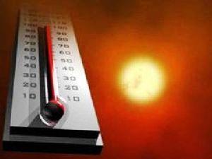 Météo France met en garde contre une hausse importante des températures la semaine prochaine. Le Sud-Ouest sera la première région impactée à partir de mardi. Le risque orageux sera élevé dans la deuxième partie de la semaine. De l'eau, un ventilateur...