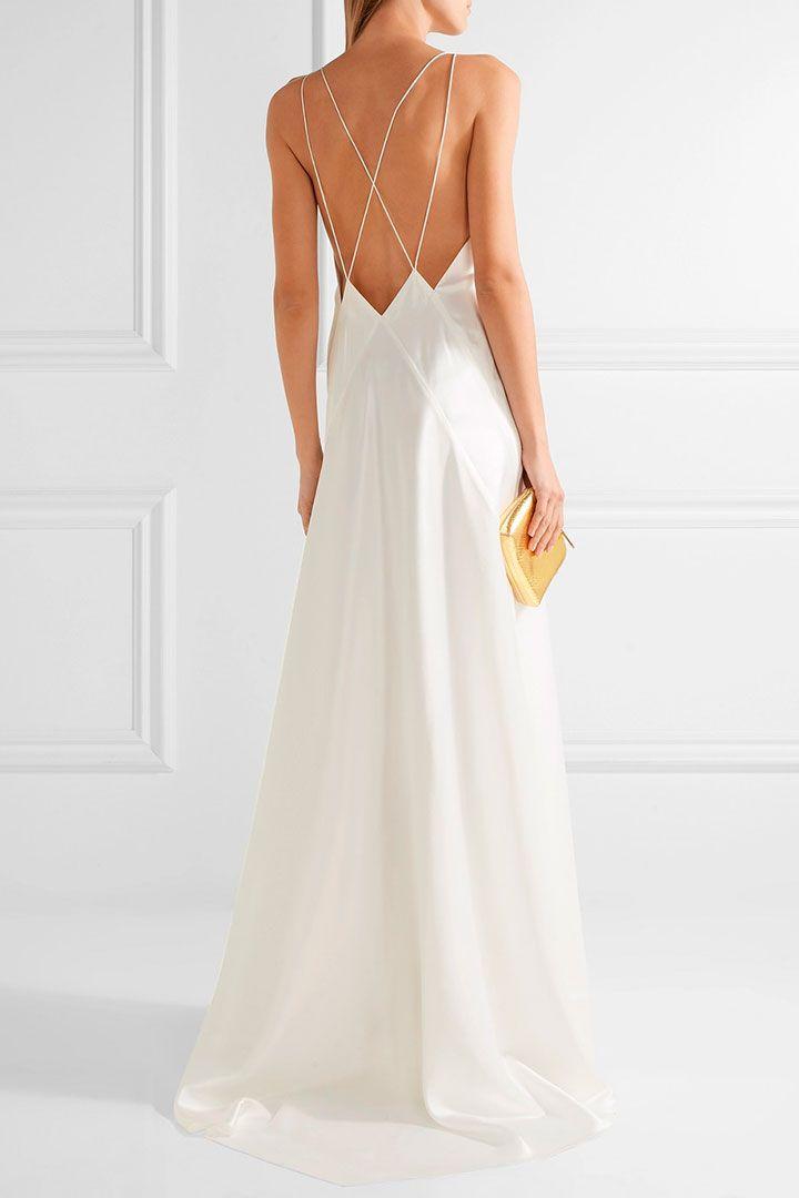 Vestido con detalle en espalda Luce súper elegante con este estilo de vestidos, los detalles en la espalda son excelente opción para aquellas que evitan el escote al frente.