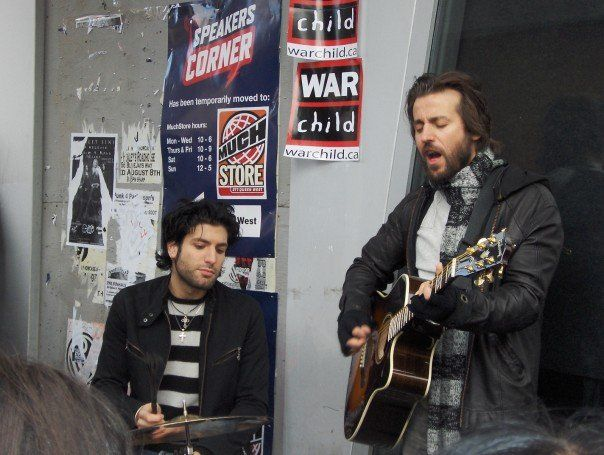 Busking for Change War Child Charity Toronto - Daniel Victor Neverending White Lights with Raine Maida Our Lady Peace.....How awesome is this?! :)