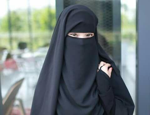 Malaysian Niqabis Beautifully