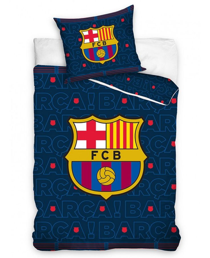 This FC Barcelona Barça Single Duvet Cover Set features the iconic club crest