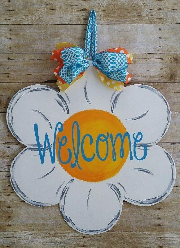 Wooden Flower Door Hanger Door Decor Front Door Sign Wooden Door Hanger 1000 In 2020 Door Hangers Diy Summer Door Hanger Wooden Flowers