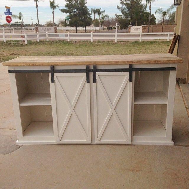 This x sliding barn door console is one of my favorite builds so far. I don't have plans for it but if it's something you want to attempt, check out @knockoffwood for all kinds of step by step plans!...