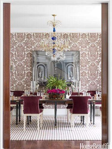 Mix and Match 101: How to decorate with  pattern.Dining Rooms, Decor, Markham Robert, Colors Design, Interiors Design, Diningroom, Dining Room Wall, Dining Room Design, Mixed Pattern