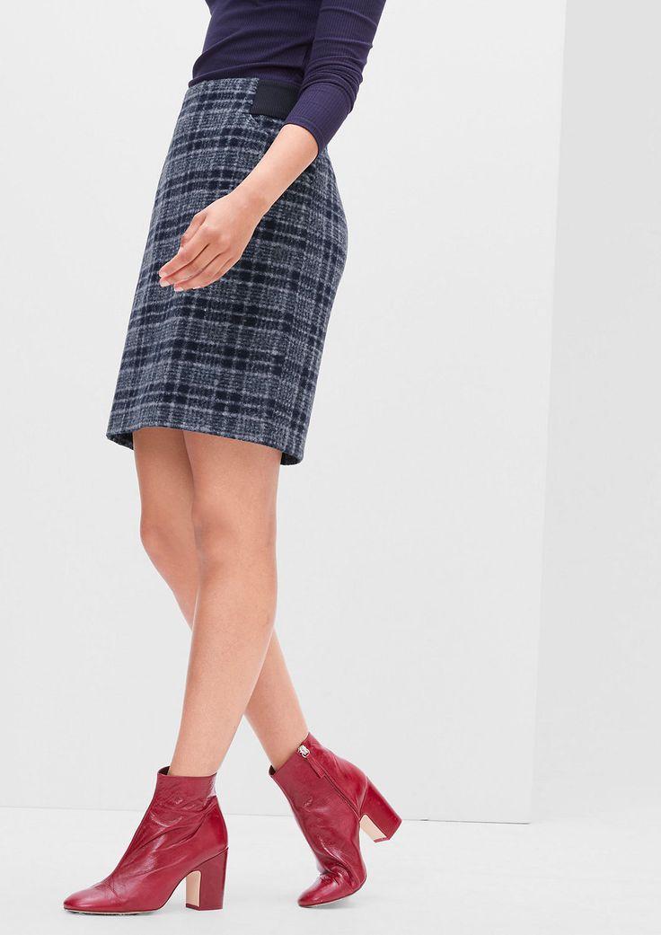 Gerader Rock mit Rippbund von s.Oliver. Entdecken Sie jetzt topaktuelle Mode für Damen, Herren und Kinder online und bestellen Sie versandkostenfrei.