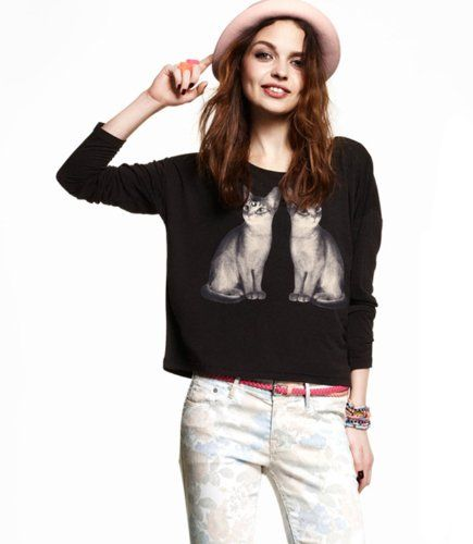 Chic twin kitties top  $16 #kitty #kitten #cat #sweater #womenswear #womensoutfit www.purrfor.me