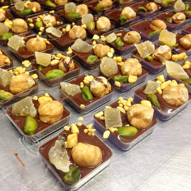#bubobarcelona              Bubó, creada en Barcelona el 2005, ofrece servicios de pastelería, catering y restauración.