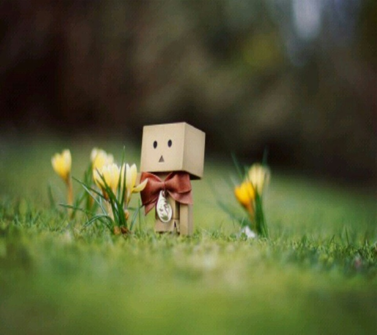 I love these little box people!