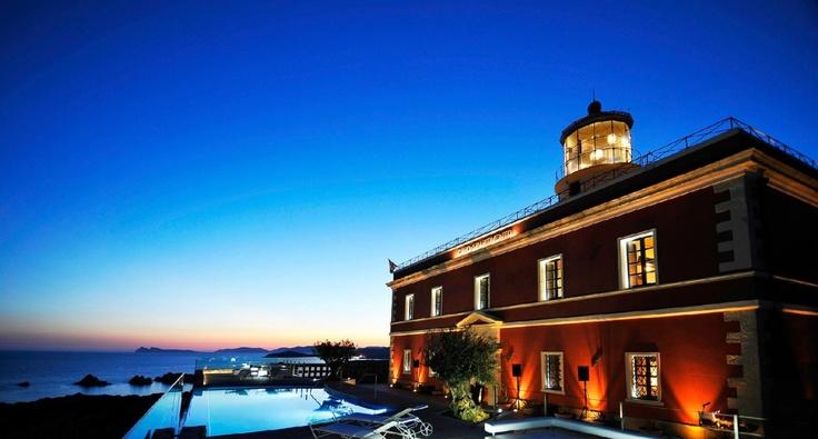 CAPO SPARTIVENTO LIGHTHOUSE in Cagliari, Italy. « houseidea
