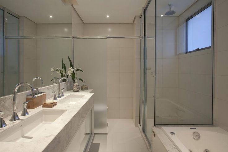 Banheiros com áreas íntimas (vaso e chuveiro) separadas! Veja modelos e dicas!