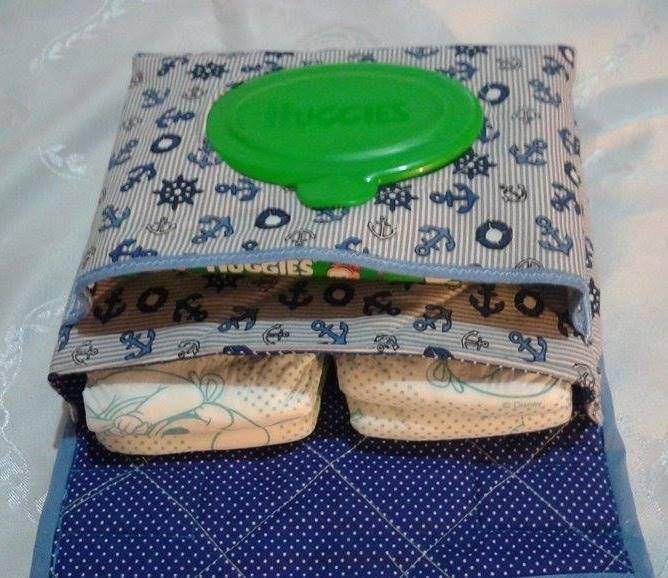 porta fralda e lenço umedecido