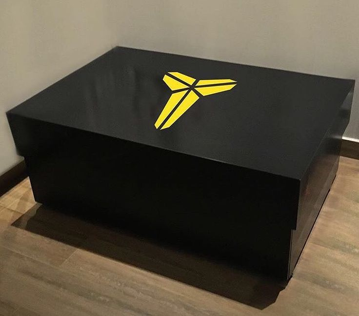 Custom-made Kobe Bryant giant shoe box.. @thegeekdesigns  #industrialdesign #interiordesigner #decor #homedecor #interiordesigns #interior #interiors #decoration #storage #kobebryant #homedesign #inspiration #homestyle #interiorstyle #house #art #style #lifestyle #instadesign #designer #industrialdesign #furniture #luxury #basketball #livingroom #blackmamba #nba by thediydesigns http://discoverdmci.com