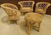 alte Puppenmöbel, Rattan, Bank, Sessel, Tisch