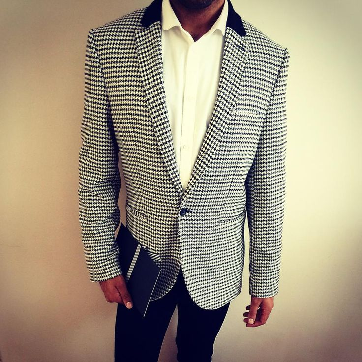 @topman houndstooth blazer with white curved collar shirt and black skinny jeans