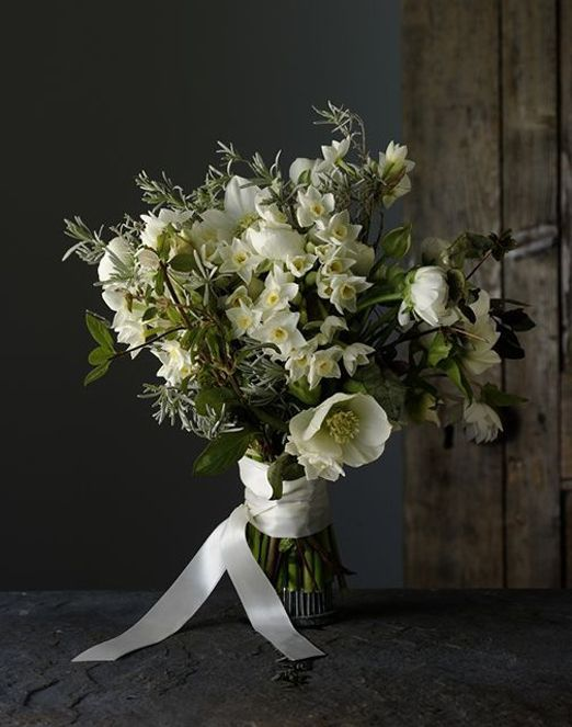 Why you should choose seasonal blooms for your winter wedding – in support of British Flowers Week 2015