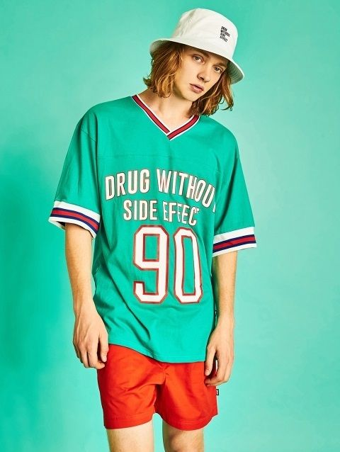 W CONCEPT: W Concept - [DRUG WITHOUT SIDE EFFECT: DRAGGING WITH OUT SIZE EFFECT] Retro Football jersey (Mint)